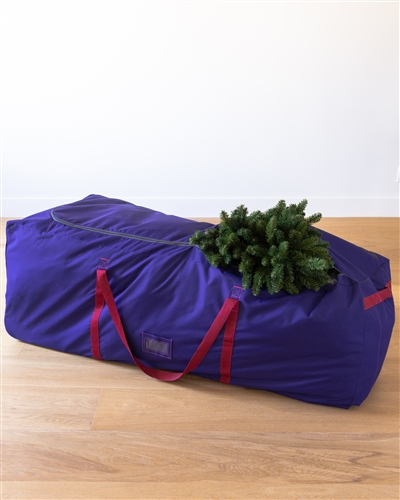 Storing and transporting your tall tree is made more convenient with the On A Roll Tree Storage Bag. Visit Treetopia for more holiday storage solutions.