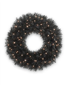 Tuxedo Black&trade; Wreath <span>|30"